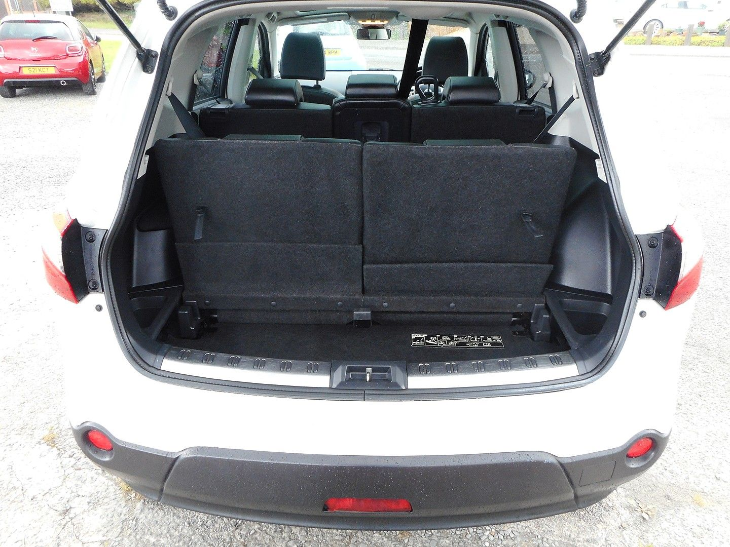 NISSAN QASHQAI 360 1.5 dCi 7 SEATER (2013) - Picture 15