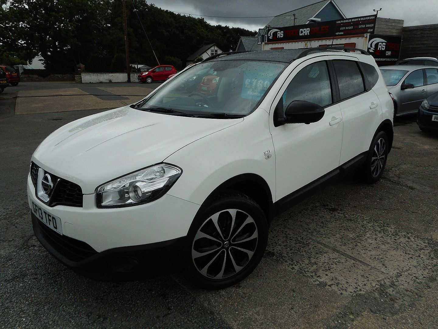 NISSAN QASHQAI 360 1.5 dCi 7 SEATER (2013) - Picture 5