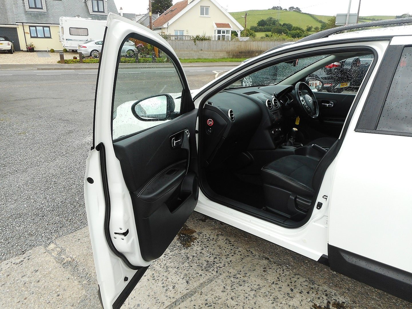 NISSAN QASHQAI 360 1.5 dCi 7 SEATER (2013) - Picture 8