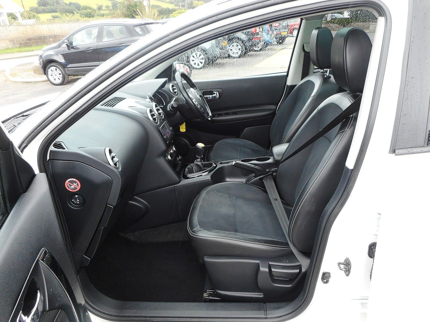 NISSAN QASHQAI 360 1.5 dCi 7 SEATER (2013) - Picture 9