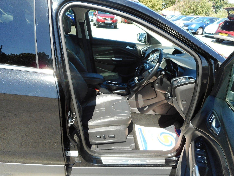FORD Kuga Titanium X 2.0TDCi 140PS 2WD AUTO (2013) - Picture 11