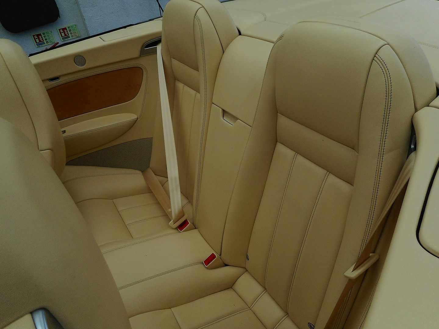 BENTLEY Continental GTC (2007) - Picture 23