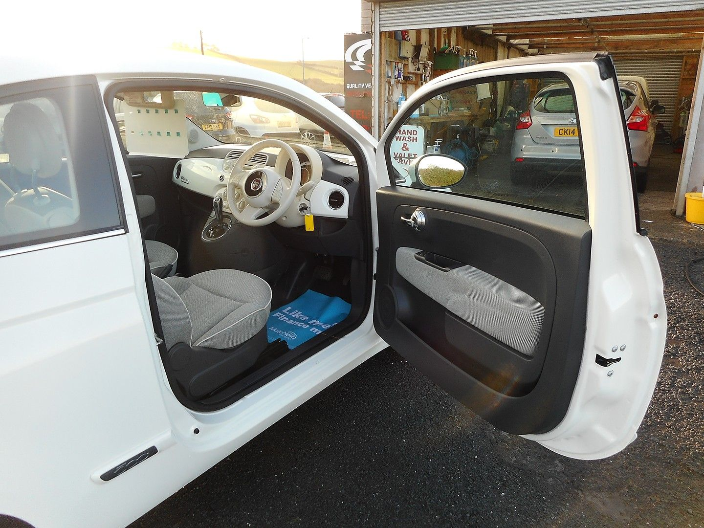 FIAT 500 1.2i Lounge S/S automatic (2013) - Picture 11