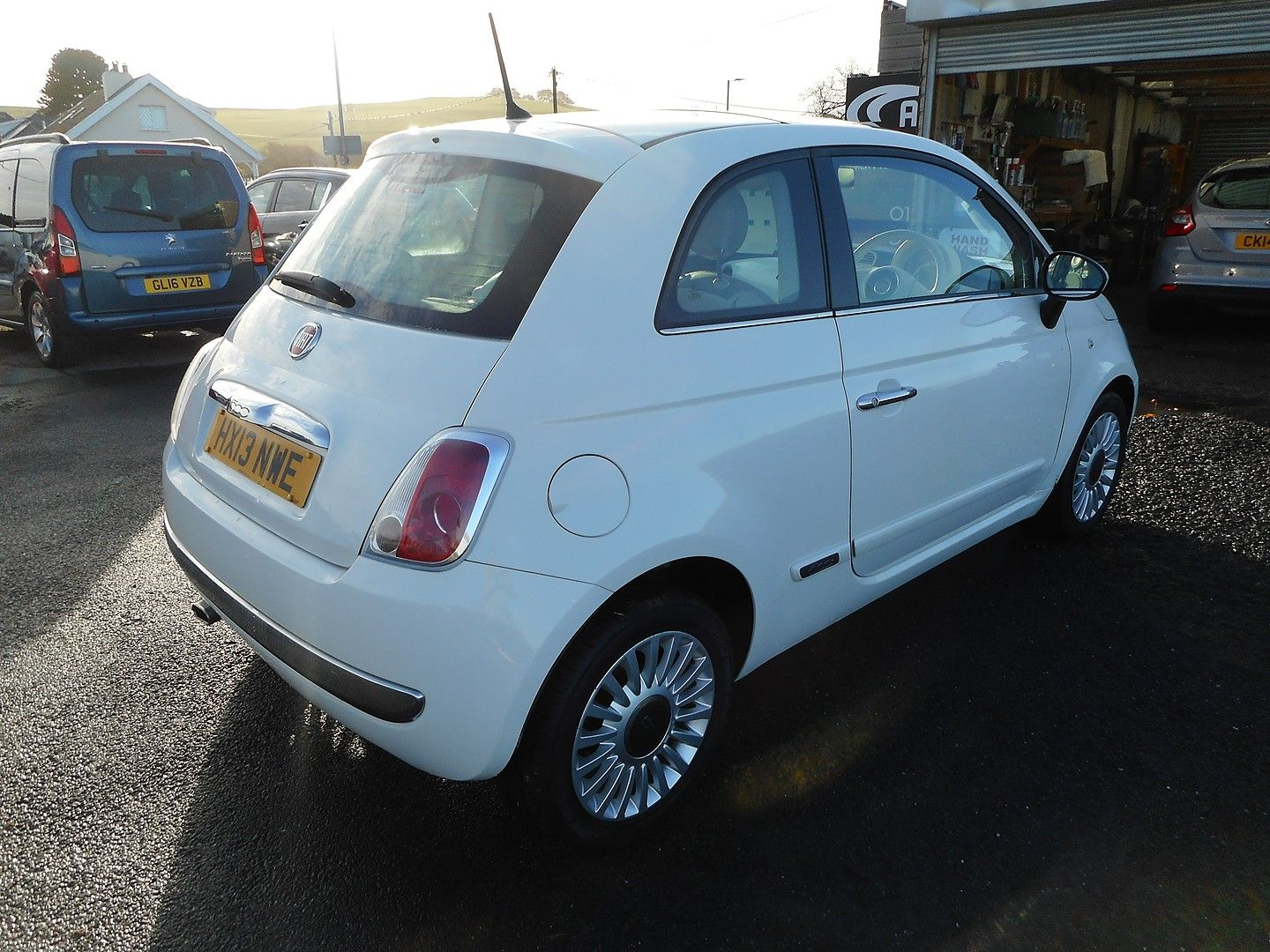 FIAT 500 1.2i Lounge S/S automatic (2013) - Picture 3