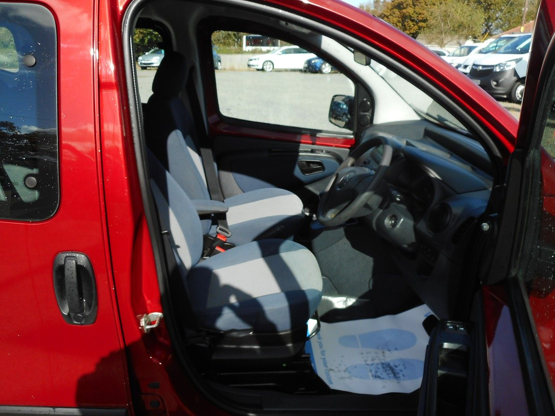 CITROEN NEMO MULTISPACE HDI 8V Auto (2010) - Picture 12