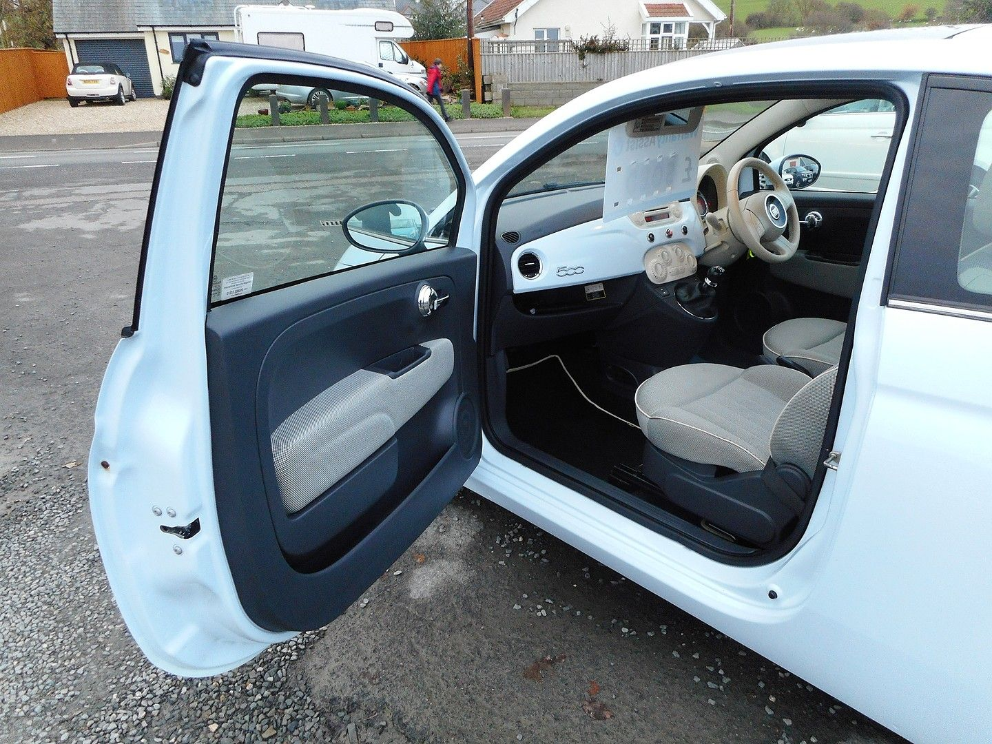 FIAT 500 1.2i Lounge (2010) - Picture 10