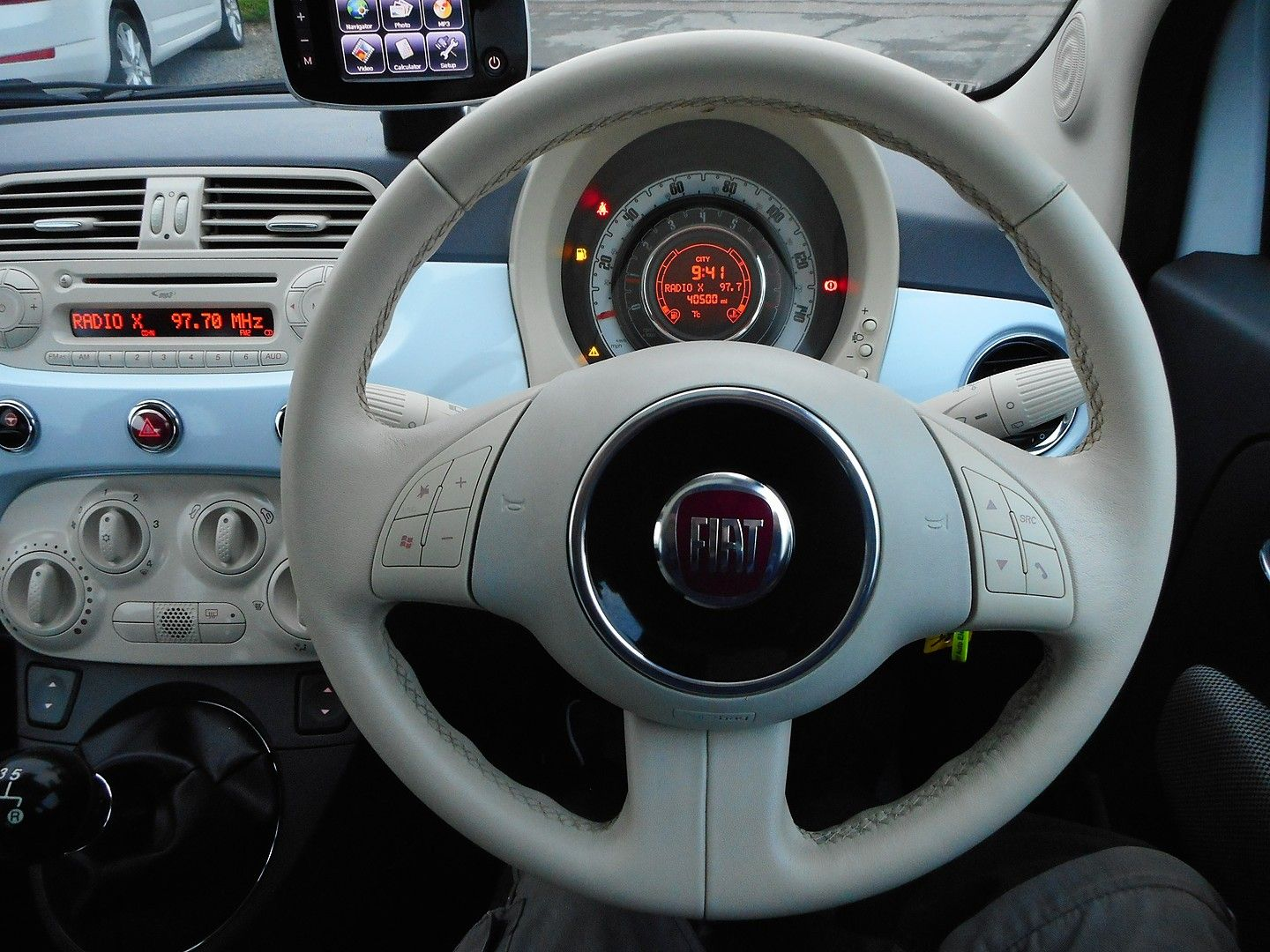 FIAT 500 1.2i Lounge (2010) - Picture 14