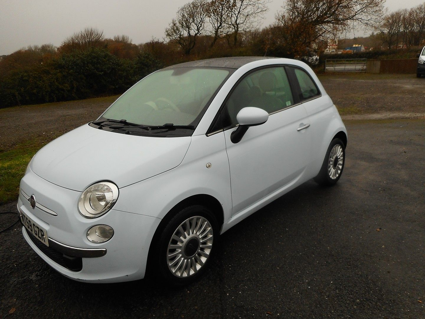 FIAT 500 1.2i Lounge (2010) - Picture 2