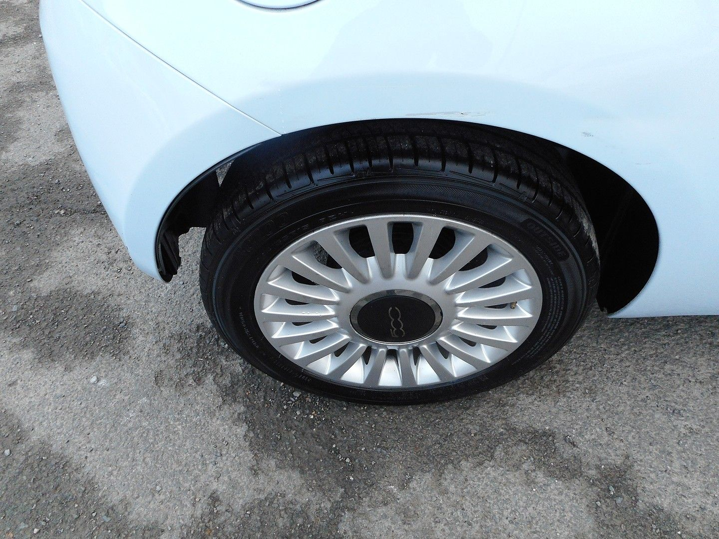FIAT 500 1.2i Lounge (2010) - Picture 5