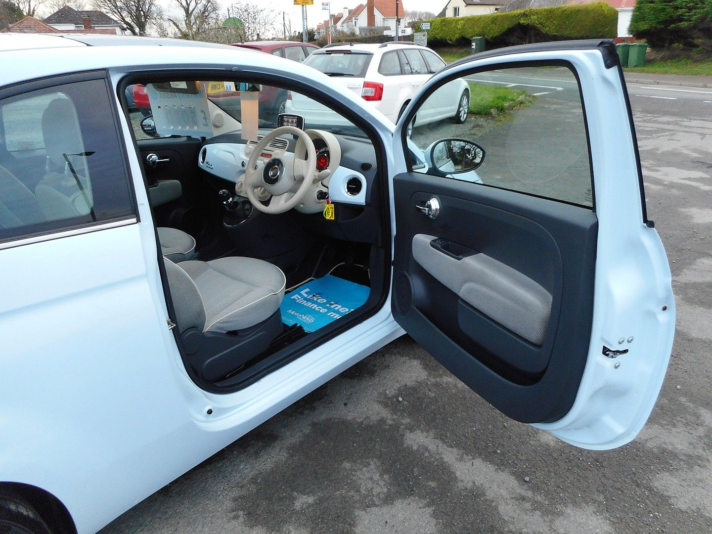 FIAT 500 1.2i Lounge (2010) - Picture 7
