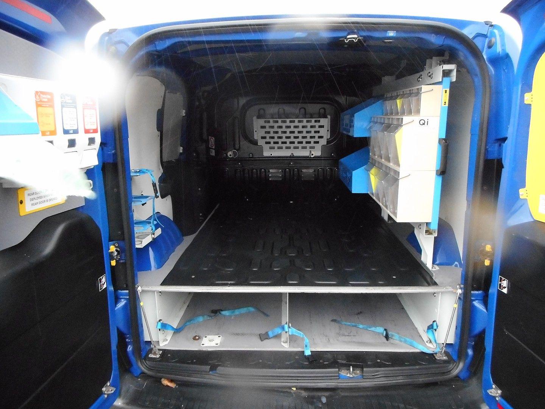 FIAT Doblò Cargo 1.3 MultiJet 16v SX Euro 5 (2015) - Picture 11