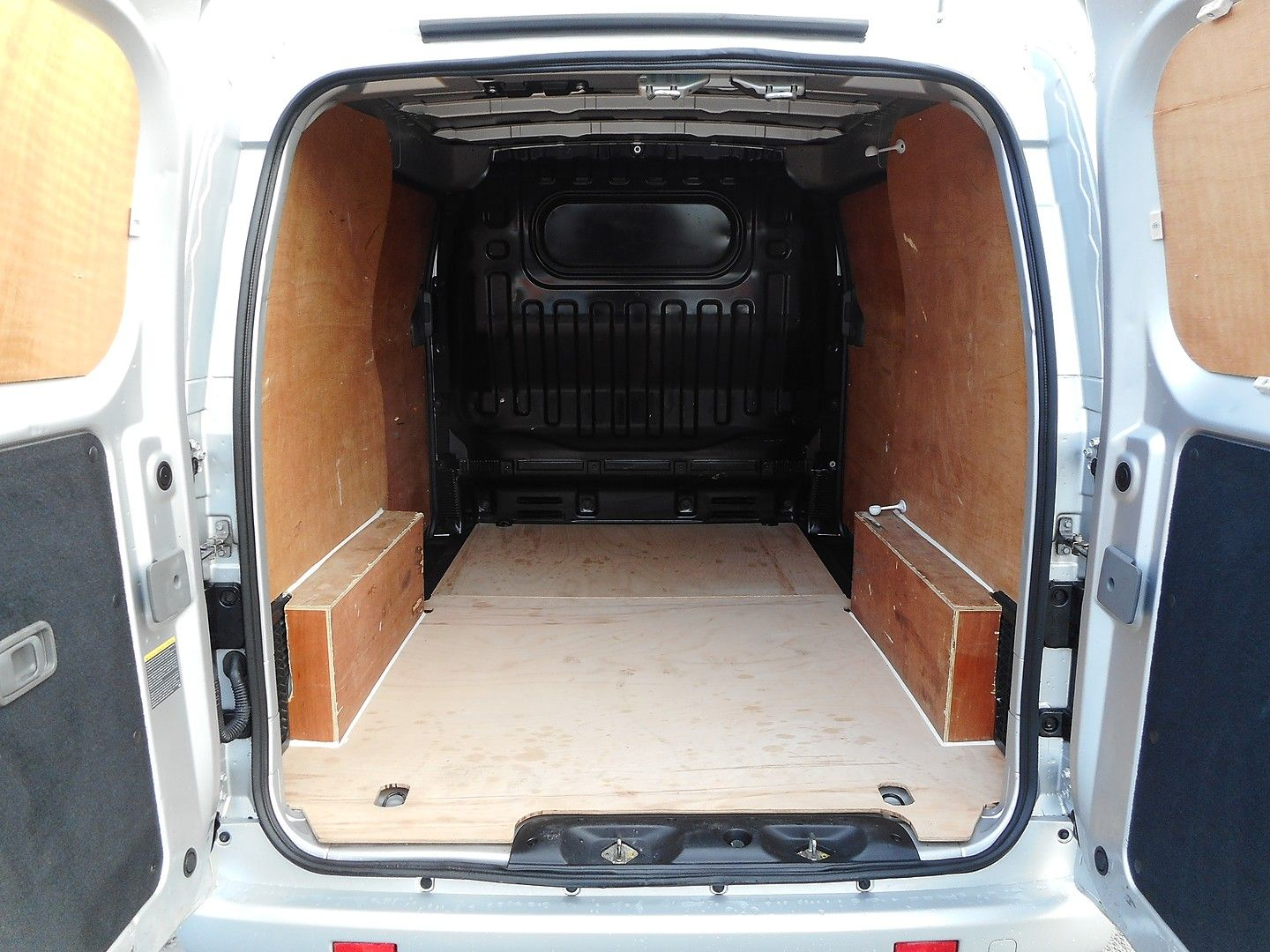 NISSAN NV200 Tekna 1.5 dCi 110PS (2014) - Picture 18