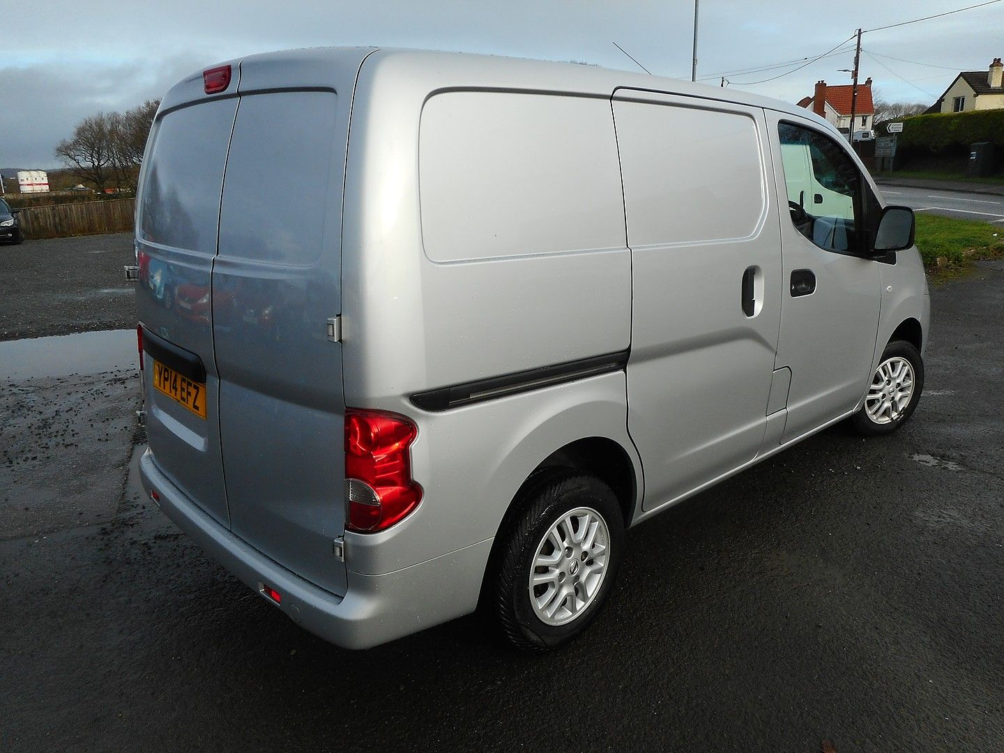 NISSAN NV200 Tekna 1.5 dCi 110PS (2014) - Picture 3