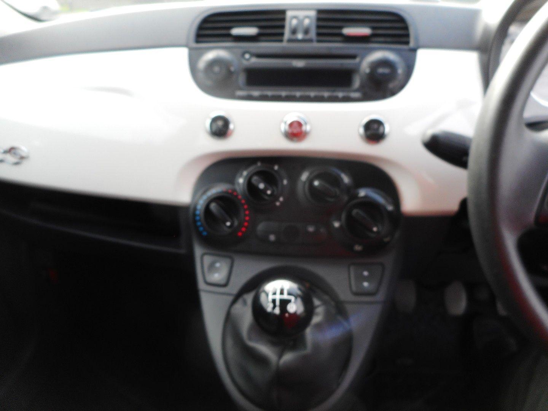 FIAT 500 1.2i Pop Convertible (2011) - Picture 18