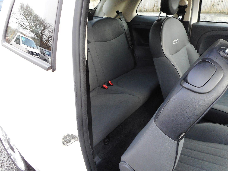 FIAT 500 1.2i Pop Convertible (2011) - Picture 24