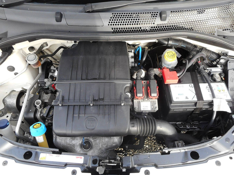 FIAT 500 1.2i Pop Convertible (2011) - Picture 26