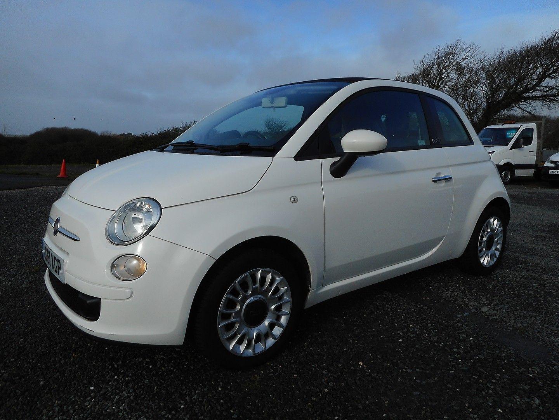 FIAT 500 1.2i Pop Convertible (2011) - Picture 3