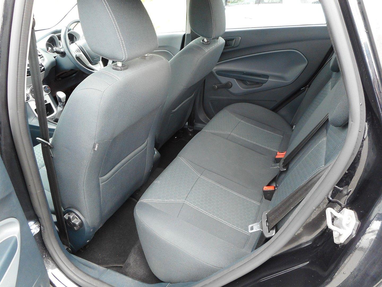 FORD Fiesta Titanium 1.4 096 (2011) - Picture 9
