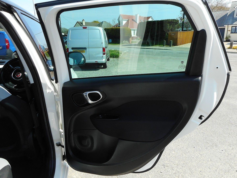 FIAT 500L 1.6 MultiJet Pop Star (105hp) (2013) - Picture 12