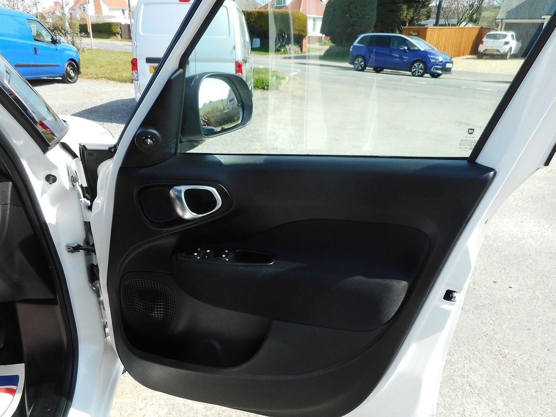 FIAT 500L 1.6 MultiJet Pop Star (105hp) (2013) - Picture 16