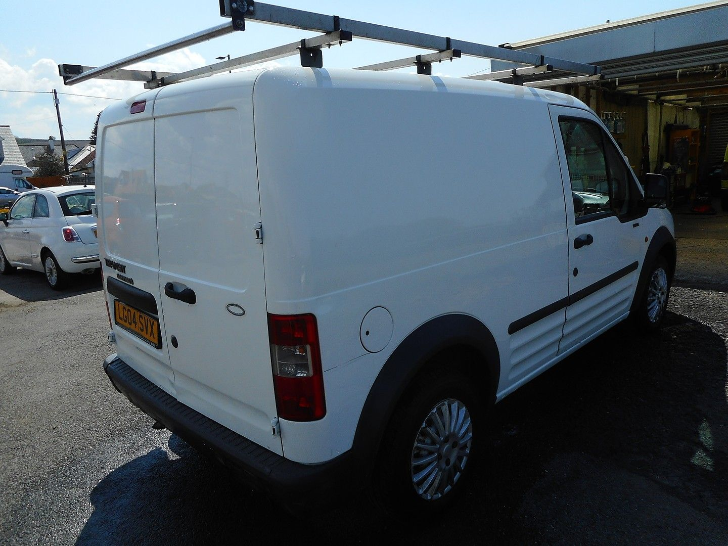 FORD Transit Connect 1.8 TDCi 200 L SWB (2004) - Picture 5