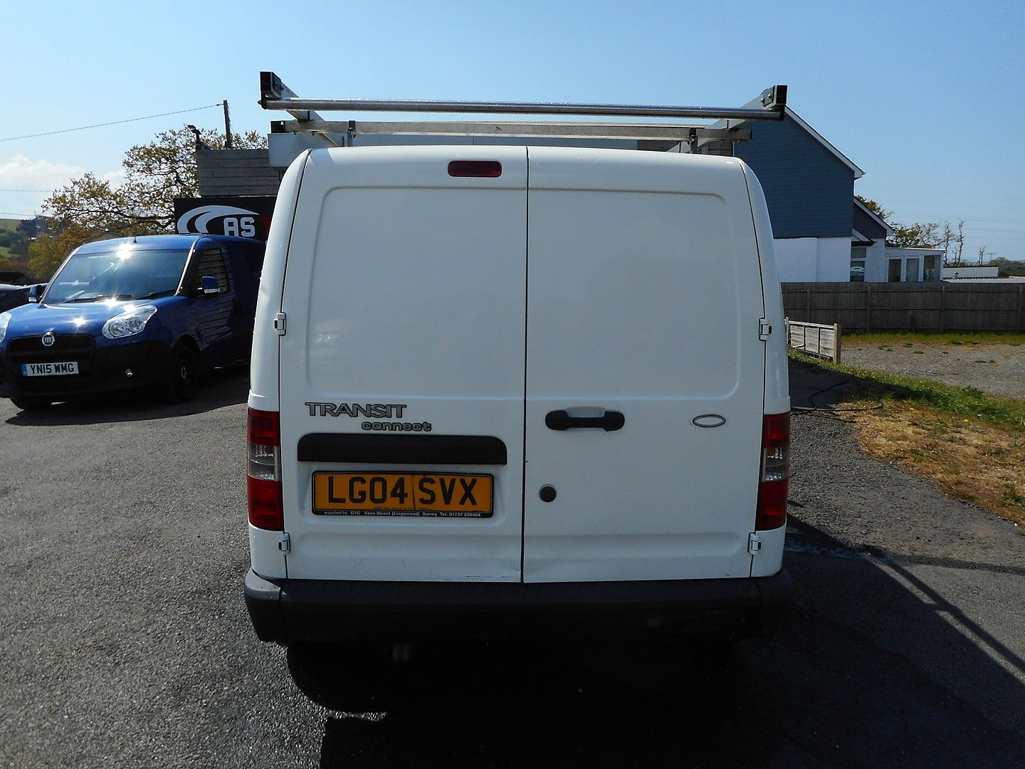 FORD Transit Connect 1.8 TDCi 200 L SWB (2004) - Picture 6